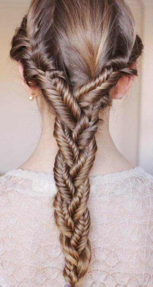 24 Beautiful Ways to Wear Long Locks This Fall