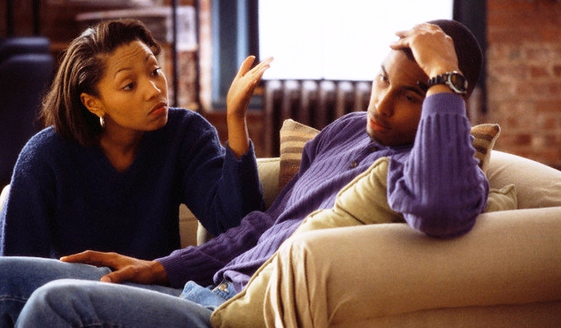 15 Signs You're Bored (to Tears) in Your Relationship