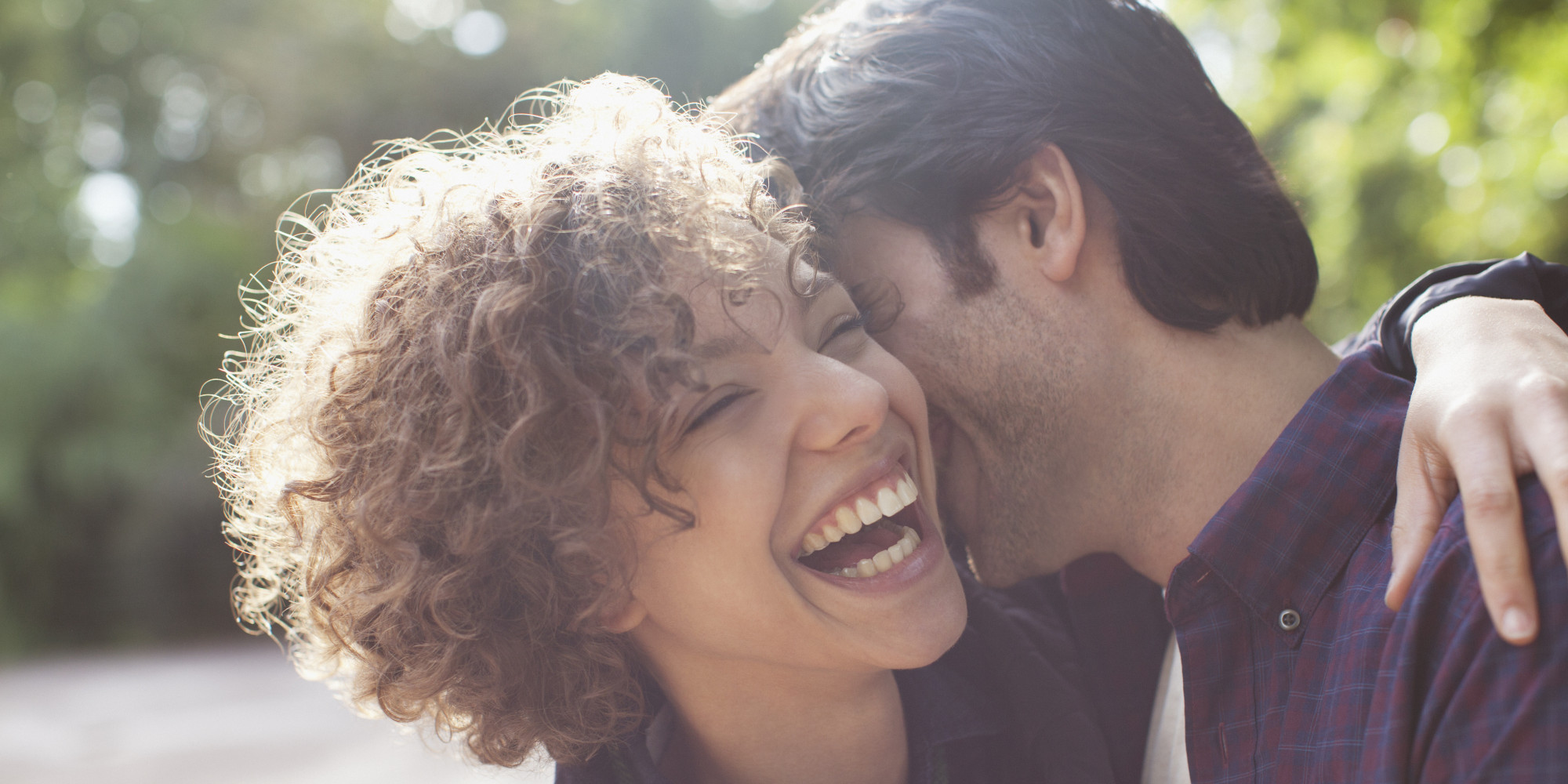 15 Ways to Tell That a Guy Really Likes You