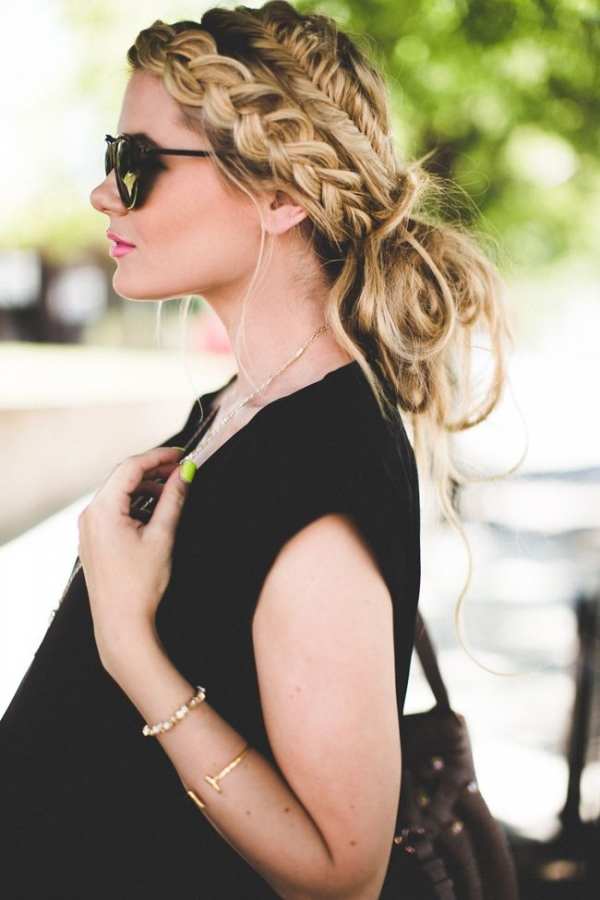 Chic Updo With Muti Braids Hairstyle