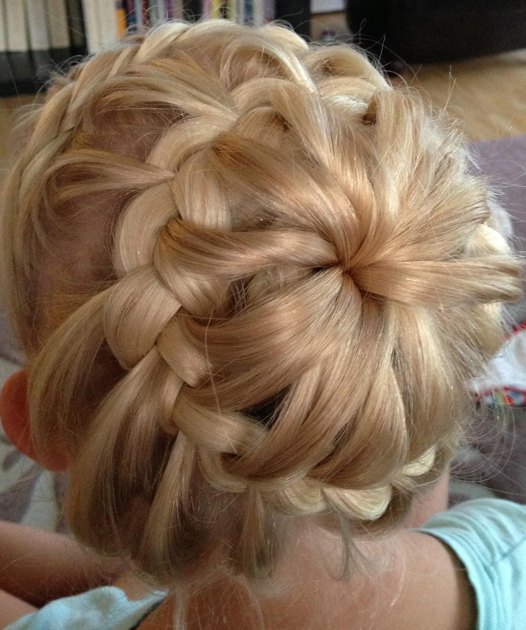 hair buns with braids