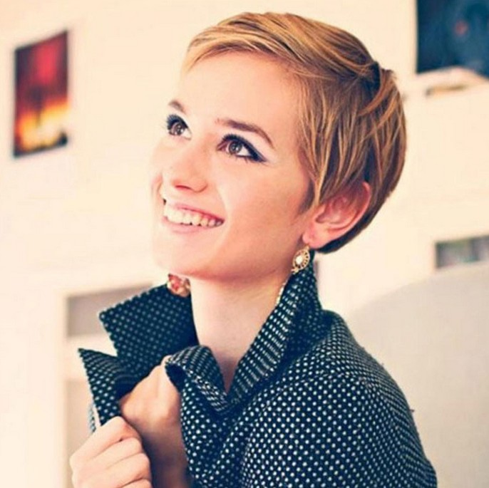 Pixie Haircuts For Women With Round Faces 23