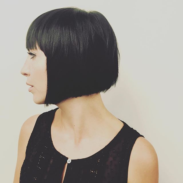 Pleasing 22 Graduated Bob Hairstyles You39Ll Want To Copy Now Styles Weekly Short Hairstyles Gunalazisus