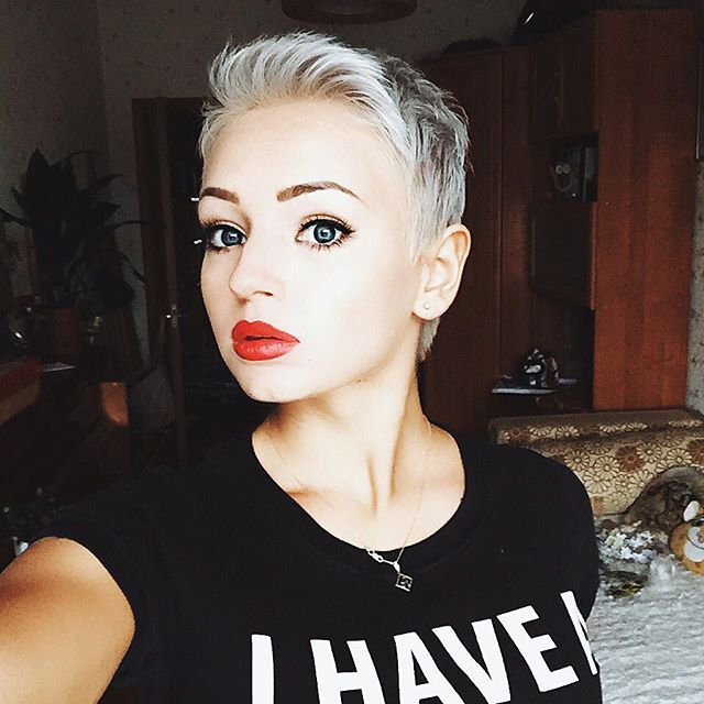 Pixie Haircuts For Women With Round Faces 72