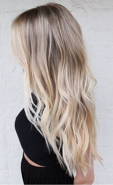 Effortless Ombre Ash Blonde Wavy Hair
