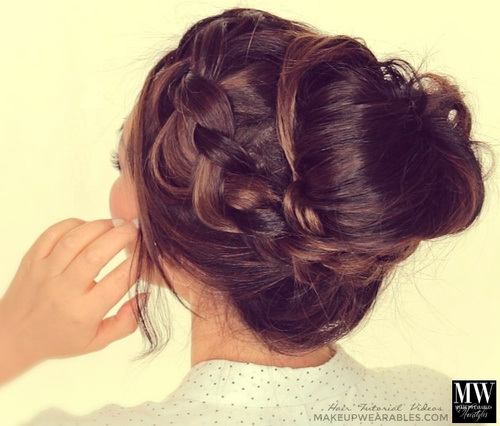 Lovely Messy Bun for Prom
