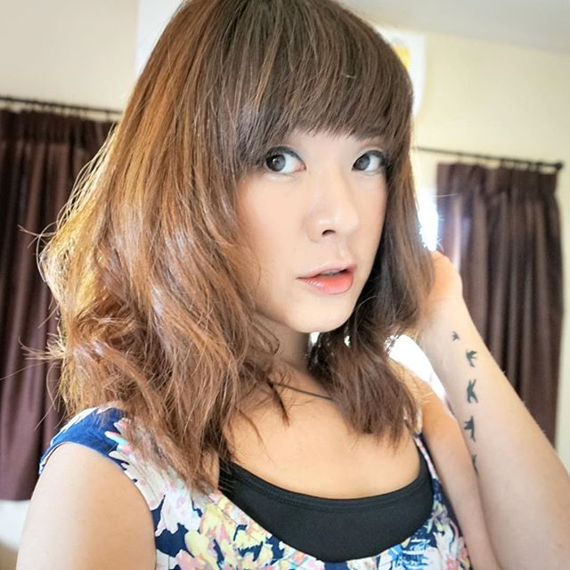 Medium Asian Bob Hairstyle with bangs for Asian girls