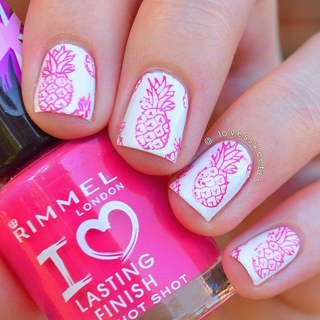 Pretty Pinapple Nail Design