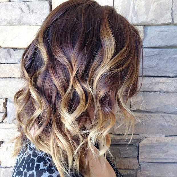 22 hottest ombre bob hairstyles latest ombre hair color ideas reddish brown roots blonde highlights ombre hair with waves urmus Image collections