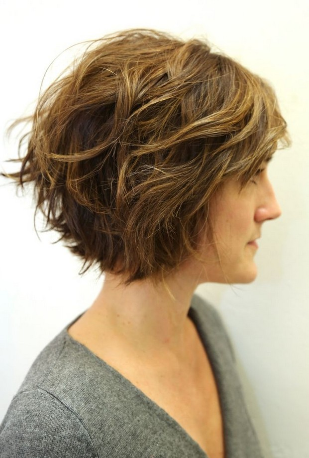 20 Delightful Wavy Curly Bob Hairstyles for 2016