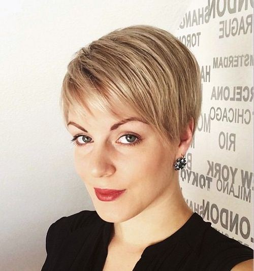 Sophisticated Short Haircut with Side Bangs