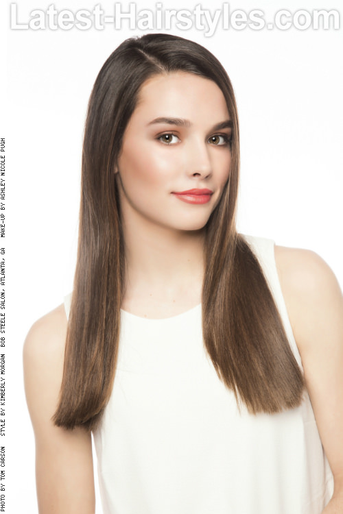 Beautiful Straight Long Hairstyle with Layers