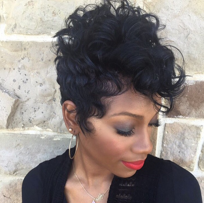 Admirable 21 Gorgeous Short Pixie Cuts With Bangs Styles Weekly Short Hairstyles For Black Women Fulllsitofus