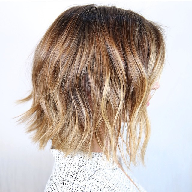 Cute Haircuts For Women With Thick Hair 23