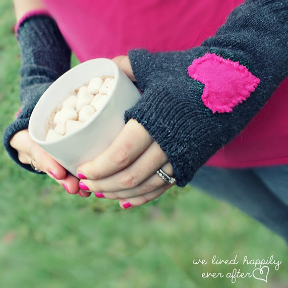 DIY Gloves with A Cute Heart