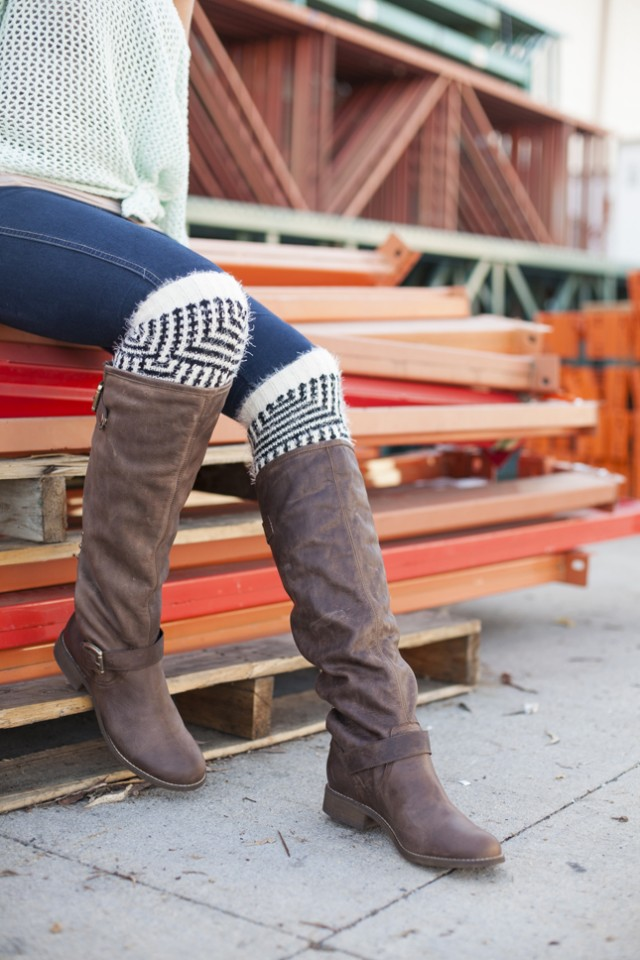 Stylish DIY Leg Warmer Tutorial
