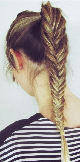 Beautiful Fishtail Braid Hairstyle for Gym