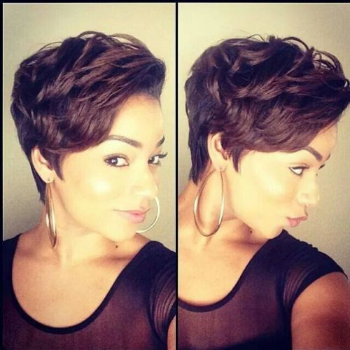 Brunette Short Hair with Culry Feathers