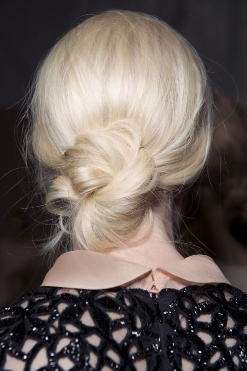 20 Easy And Pretty Updo Hairstyles For Mid Length Hair Styles Weekly