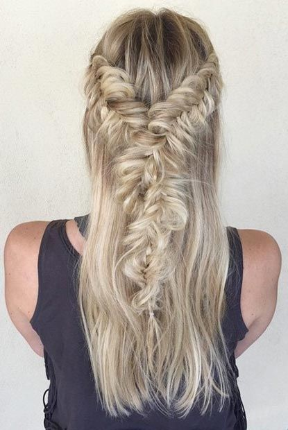 Fashionable Braided Half-UP Half-Down Hairstyle