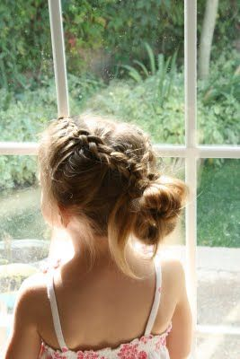 Fashionable Updo Hairstyle for Little Girls