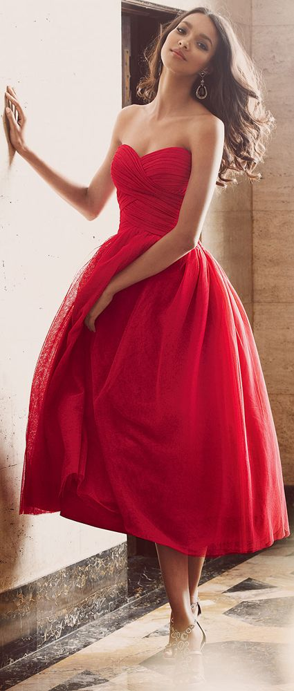 Pretty Red Dresses for New Year's Eve
