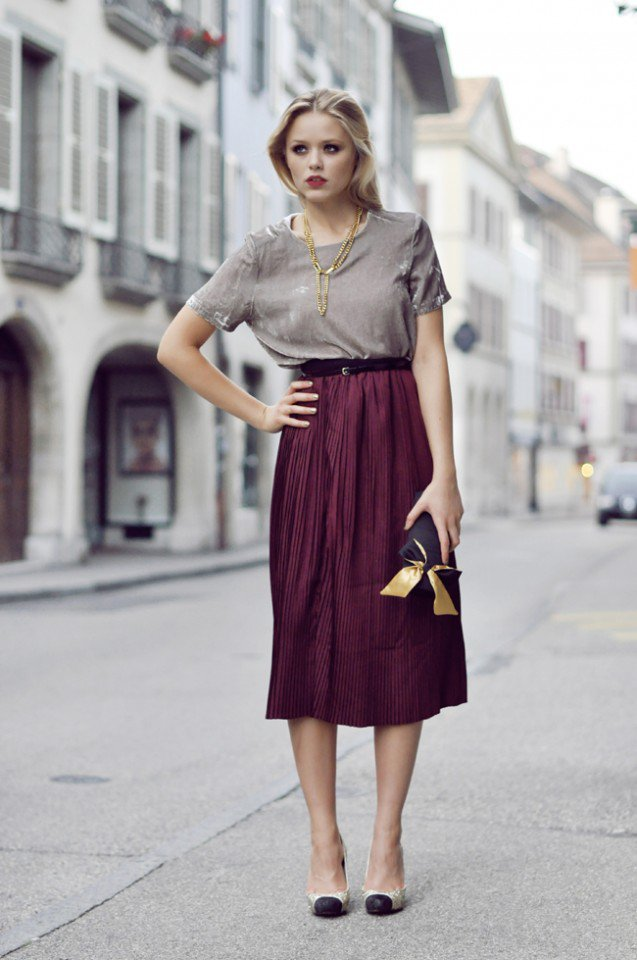 Midi Skirt Outfits for Winter