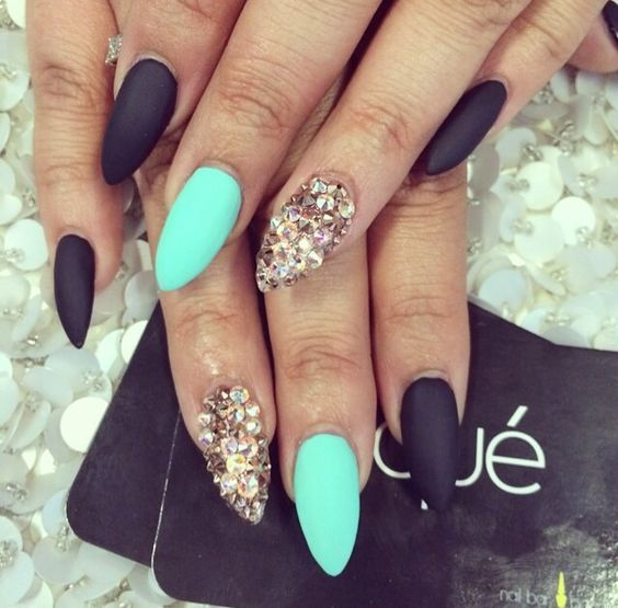 Sexy Mint Nail Design /via - 17 Fashionable Mint Nail Designs For Summer Styles Weekly