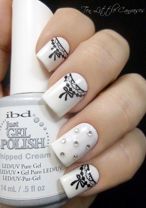 16 chic black and white nail designs you will love styles weekly lovely black and white nail design nail prinsesfo Gallery