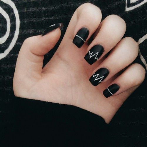 Nail - 16 Chic Black And White Nail Designs You Will Love Styles Weekly