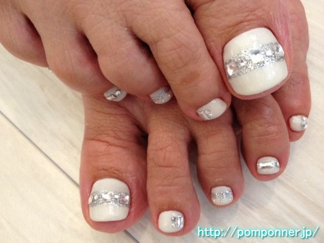 Diamon Toenail Design - 23 Fashionable Pedicure Designs To Beautify Your Toenails Styles