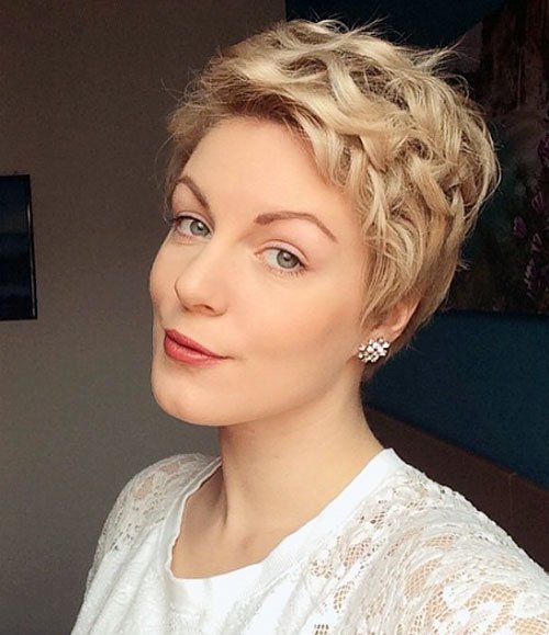 30 Stunning Curly Straight Pixie Haircuts For 2018 Styles Weekly