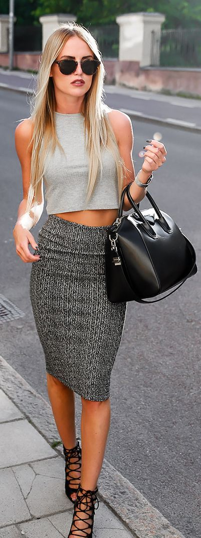 Accept. Pencil skirt and crop top outfit you