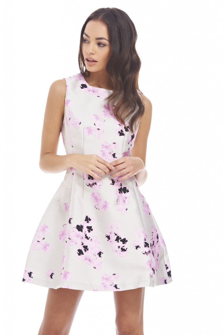 10 Best Floral Dresses for Beautiful Summer