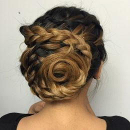 Easy and Pretty Hairstyles A Brunette Won't Miss