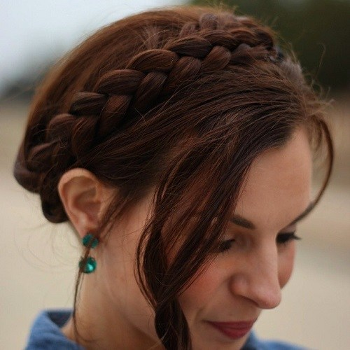 Elegant Ways to Have Milkmaid Hairstyles