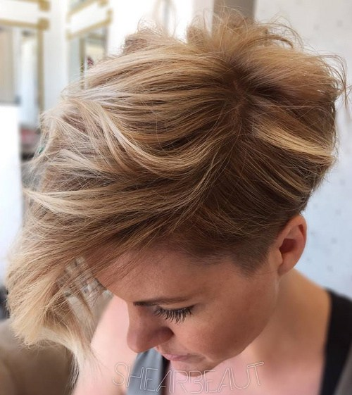 Pretty Short Haircuts for Women
