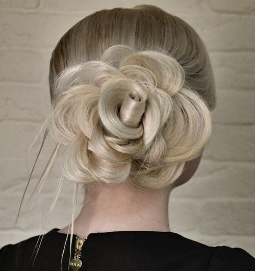 Ways to Show Sliver and White Hair for Spring