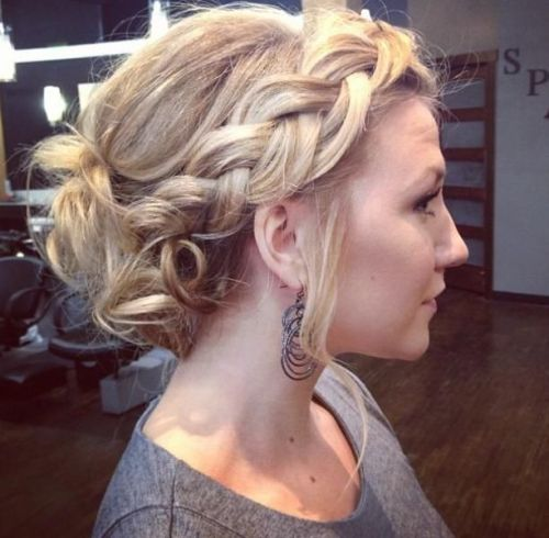 22 Mid-length Hairstyles for Fall