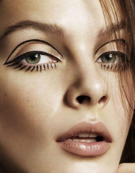 Graphic Eyeliner & Graphic Eyeliner Designs
