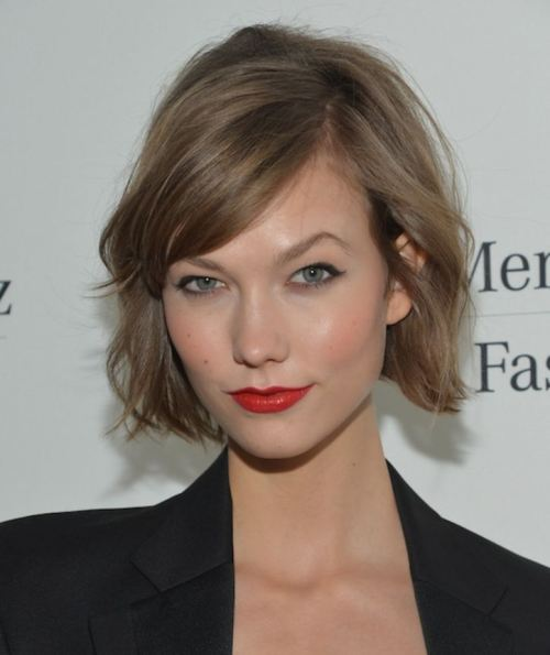 22 Cool Hairstyles for Short Haired Girls