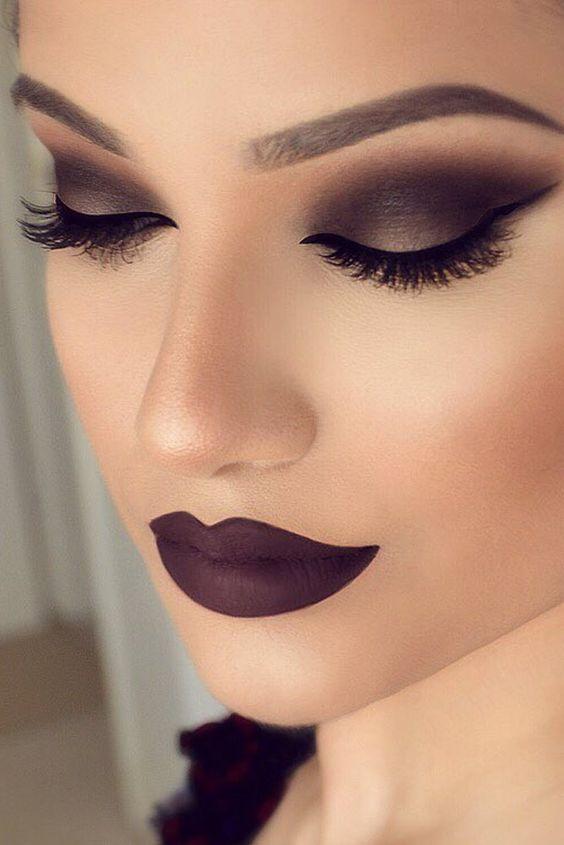 10 Hottest Smokey Eye Makeup Ideas 2021