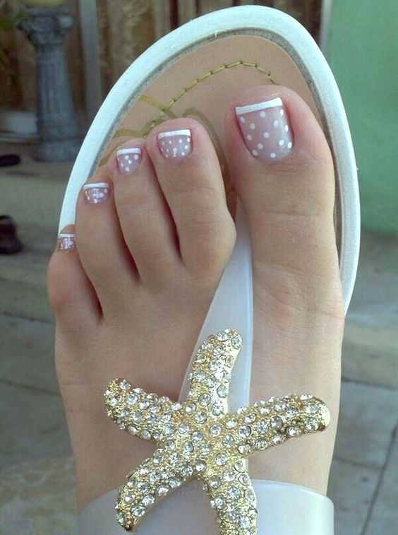 French Polka Dot Toenail Art