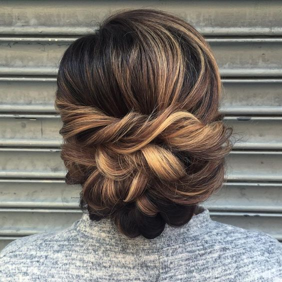 27 Gorgeous Wedding Hairstyles For Long Hair For 2020: 30 Beautiful Wedding Updos 2020