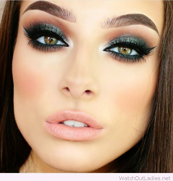 10 Amazing Makeup Looks Featuring Green