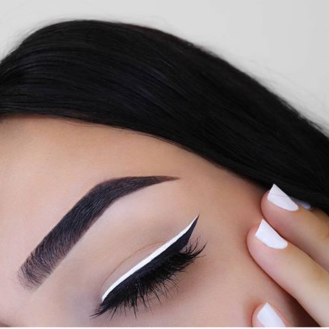 10 Ways to Wear White Eyeliner
