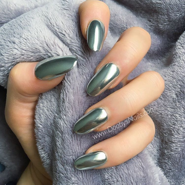 21 Stunning Chrome Nail Ideas To Rock The Latest Nail