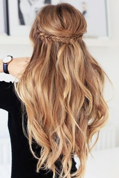10 Amazing Hairstyles with Waves
