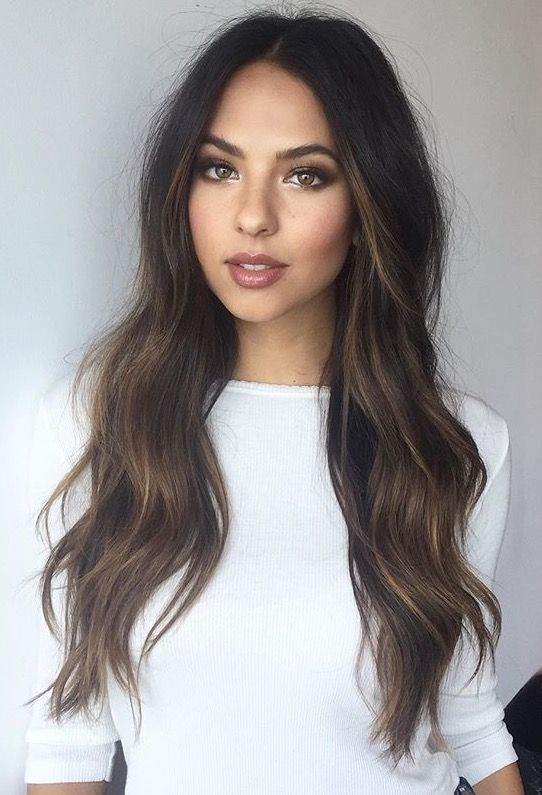 Long Hair Wavy Hairstyles For Women 37