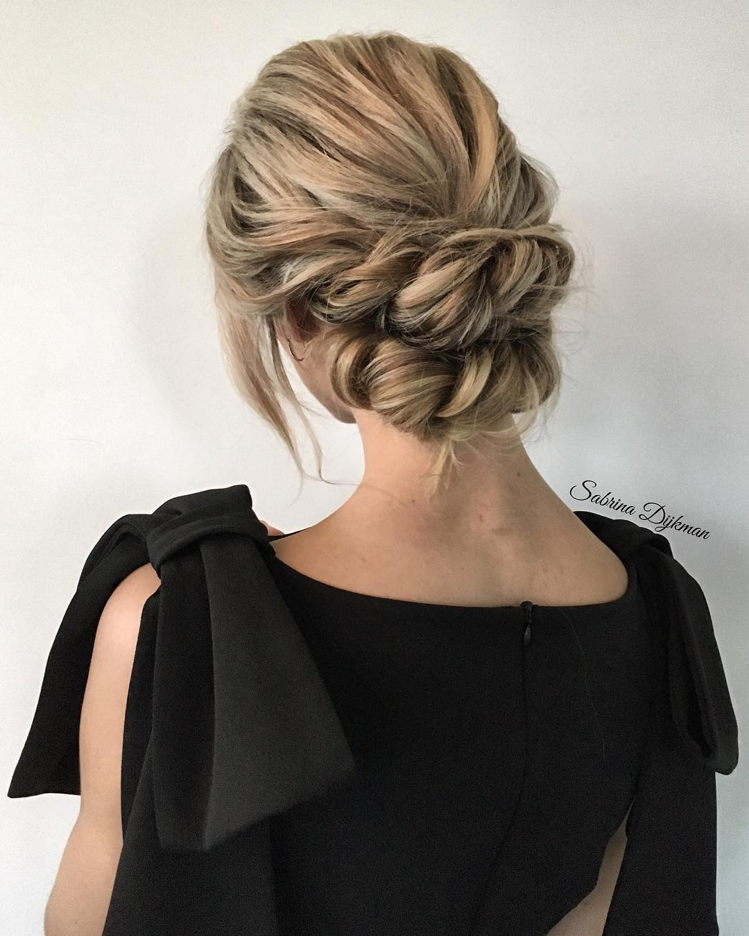 Updo Hairstyles For Wedding Guests: 30 Beautiful Wedding Updos 2020